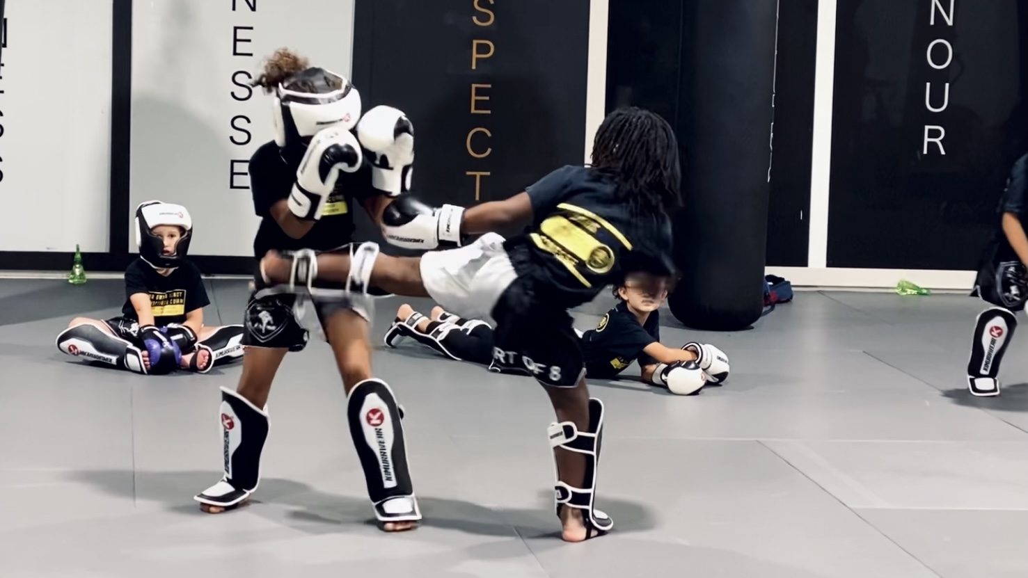Sparring (Kids – An introduction to Muay Thai sparring (for parents).